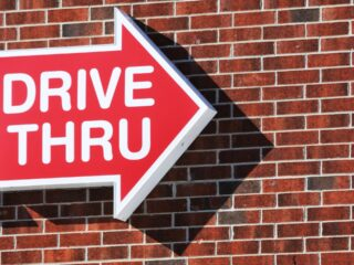 Drive thru workers are at high risk of Air Pollution while at work according to new study
